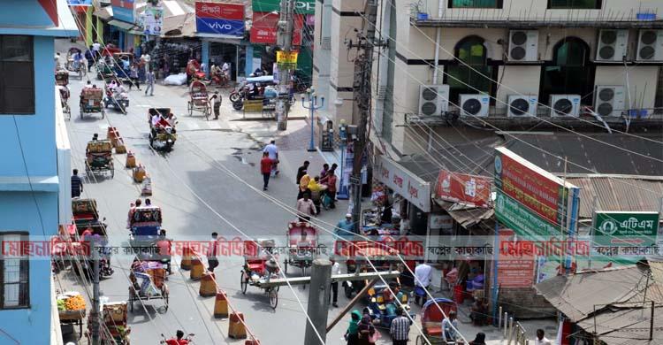 লক্ষ্মীপুর শহরে দোকানপাট বন্ধের নির্দেশ বণিক সমিতির