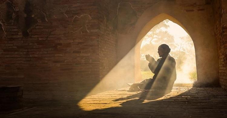 আল্লাহকে খুশি ও পরকালে মুক্তির মাধ্যম