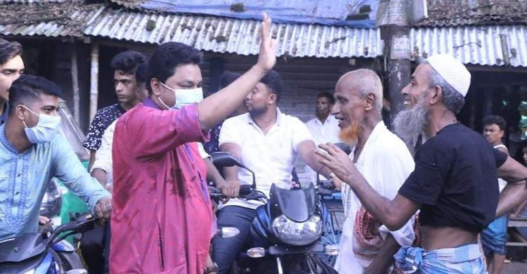 যুবলীগ নেতা বায়েজীদ ভূঁইয়ার ঈদ শুভেচ্ছা বিনিময়