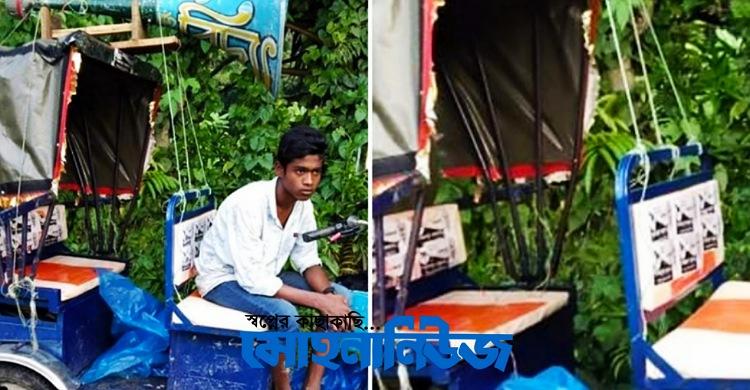 কমলনগরে স্বতন্ত্র প্রার্থীর মাইকের শব্দযন্ত্র ছিনিয়ে নিয়েছে মুখোশধারীরা